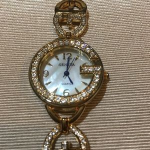 Fashion Watch Mother of Pearl and Crystal   NWT